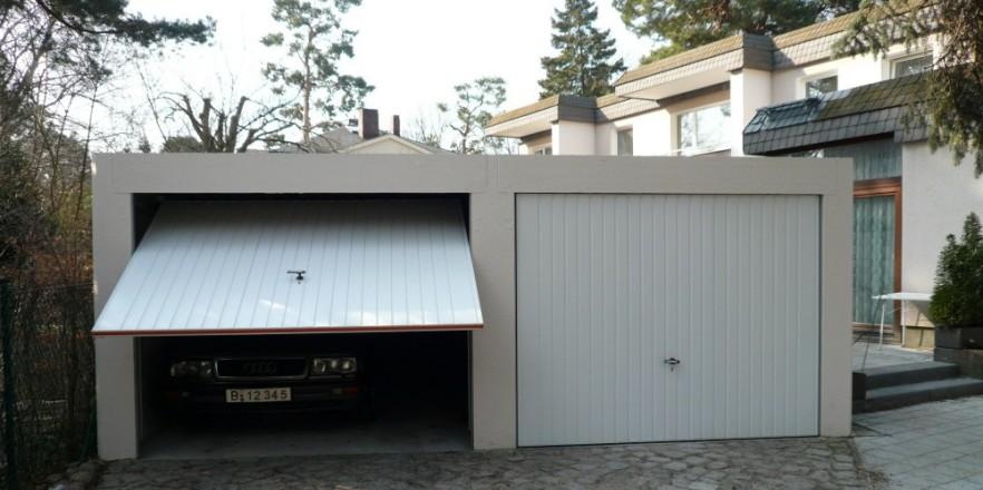 Pultdachgarage, Eindeckung Als Hartdach Mit Betonwellplatten, Auf  Sonderbestellung Isolierte Stahl Trapez Platten, Regenrinne Hinten  Wahlweise Vorn.